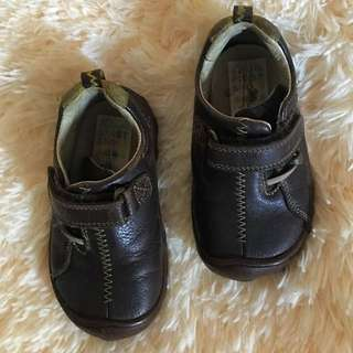 Clarks Shoes Size 5 1/2