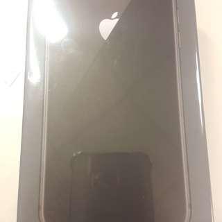 Apple I phone 8 灰 64GB