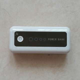 Power Bank 5600mAH White