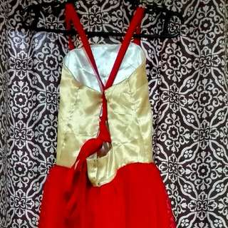 Red and gold Gown (kid 7-8 ages)