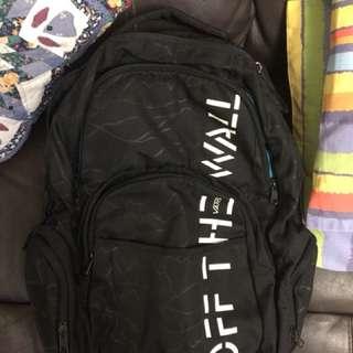 Vans多格背包