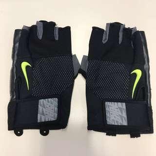 Nike lock down training gloves gym size L 健身手套 舉重