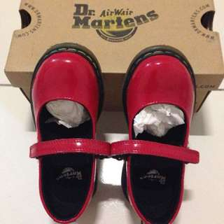 Dr. Martens Red Tully
