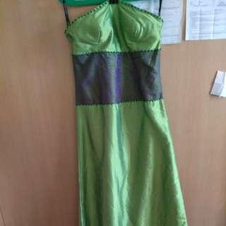 Baju hijau simpel/baju pesta