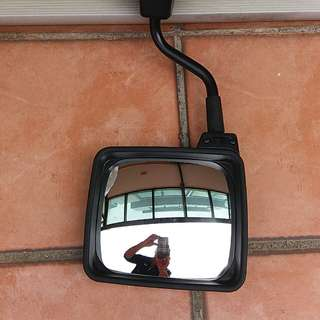 車尾泊車鏡