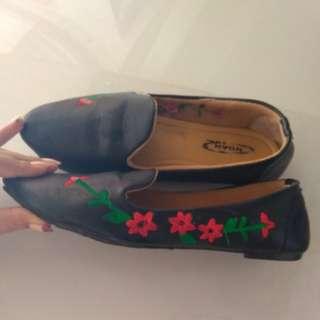 Flatshoes bordir