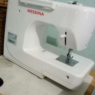 mesin jahit portable messina L9