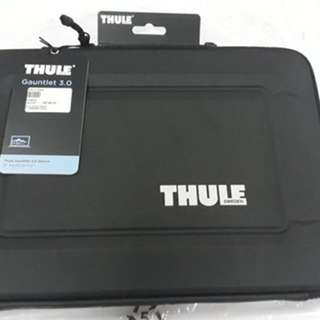 Authentic THULE of sweden - laptop bag / laptop sleeve 13""