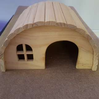 Guinea Pig Hide House (2pcs available)