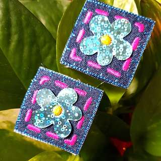 Iron On Patch/ Applique ↪ Flower on Square Denim 💱 $2.90 Set of 2 Pieces