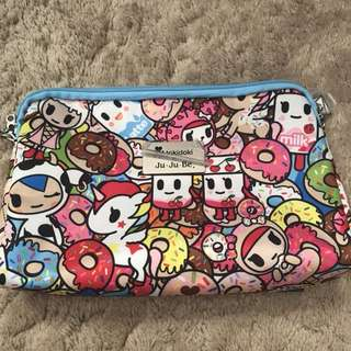 Like new Jujube Be Set - Large piece with 2 straps!