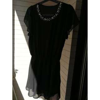 黑色珠珠洋裝