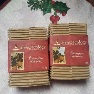 Aromacology Handmade Soaps: Pineapple Whitening