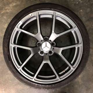 "19"" Used Rim & Tyre"