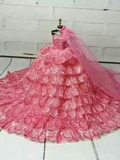 🚚 超美娃娃婚紗芭比可兒莉卡