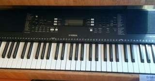 Keyboard PSR S 363