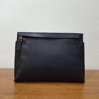 loewe 羅意威 Loewe爆款手包大號黑色出貨,進口雕刻小牛皮,男女通用、大款號88111-1 尺寸29.520(配盒子、禮品袋)