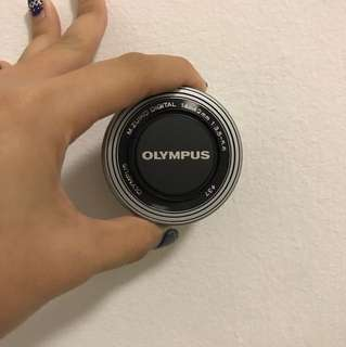 Olympus M.Zuiko Digital 14-42mm 3.5-5.5 EZ lens