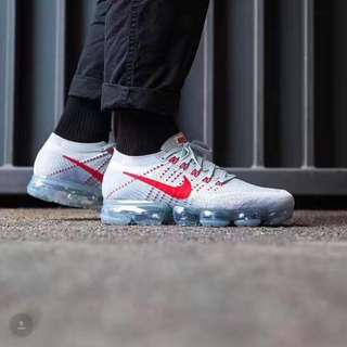 Nike Air Vapormax Flyknit OG 'Pure Platinum/University Red'