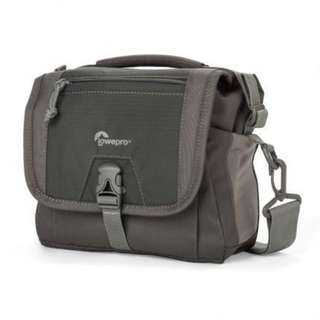 LOWEPRO NOVA SPORT 7L AW SHOULDER BAG - SLATE GREY