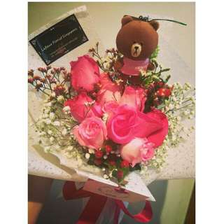 9 Mixed Pink roses With LINE BROWN