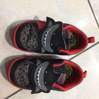 Reebok shark shoe