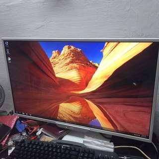 32 inch LED IPS monitor