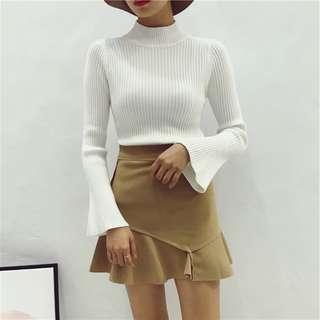 秋冬新款韩版套頭 白色針織衫半高领喇叭袖毛衣女修身顯瘦 打底上衣