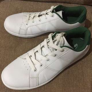 White Shoes US Size 9