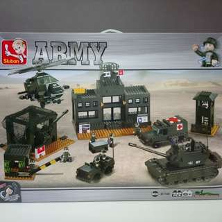 AlterLego Army Camp