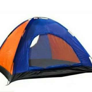 4-Person Camping Dome Tent W/ Free 2600mAh Portable Power Bank and SelfiePod