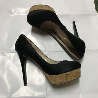 Eligant黑毛皮高跟鞋/包鞋,23/36碼