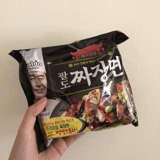 韓國李連福炸醬麵