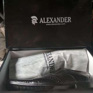 Sepatu Pantovel Alexander