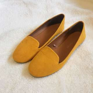 Cotton On 38 NEW Yellow mustard Loafer Flats