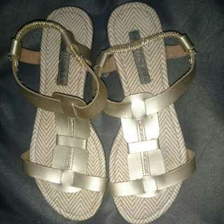 Finickee Sandals