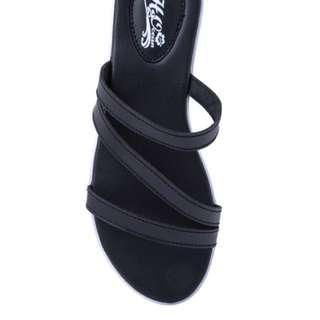 Preloved Black Sandals
