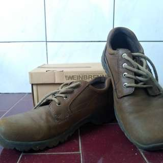 Sell Boot Shoes Weinbrenner