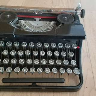 Working Rare 1930s Blue Bird Vintage Manual Typewriter
