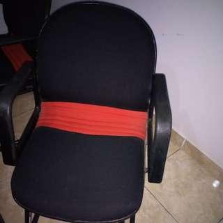 Kursih kantor