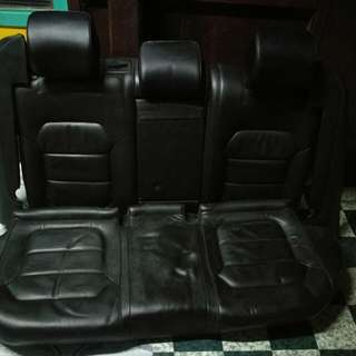 Leather Seat Belakang