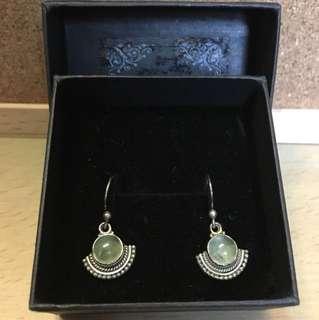 純銀葡萄石耳環
