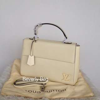 jual tas LV Cluny Epi LEATHER MIRROR - cream