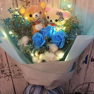 Valentine's Bouquet - Rilakkuma with Scented roses with dried baby breath bouquet