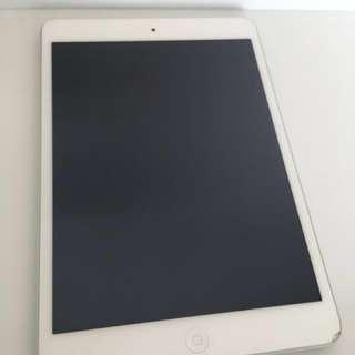 Ipad mini 2 16GB 白 wifi (不議價)