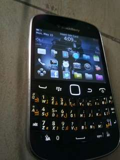 blackberry bold 9900 touch and type