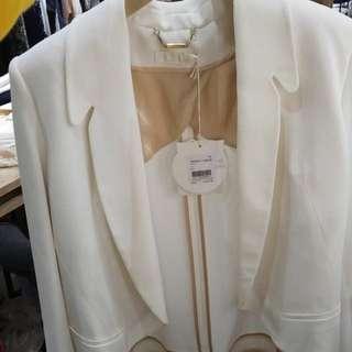 Chole 白色西裝外套