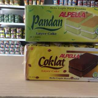 alpella,bolu lapis rasa pandan dan coklat isi 24 bungkus.per pack dan per kotak