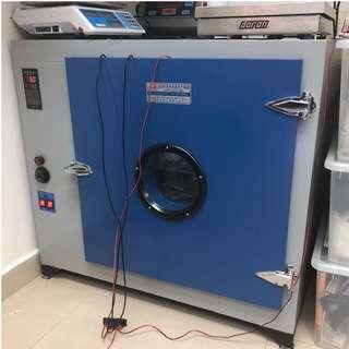 Industrial grade dryer 工業級電子風乾燥箱