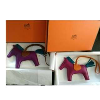 Hermes rodeo MM size